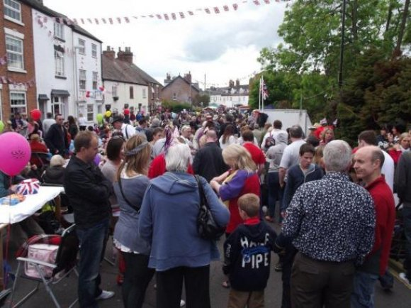 Queens Jubilee Street Party25