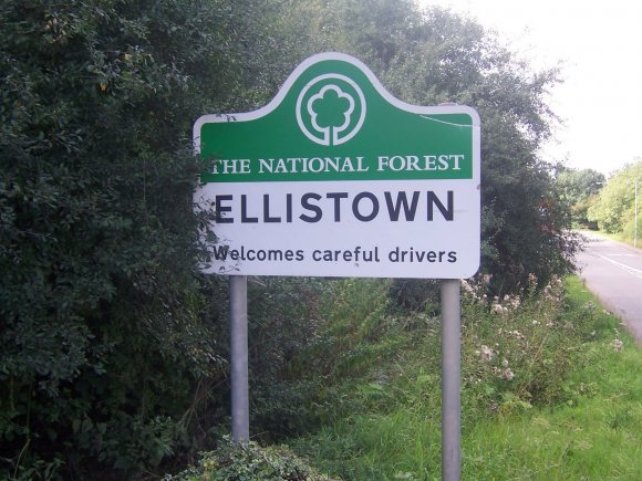 Ellistown Sign